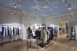晶苑国际:服装代工业里的银子股